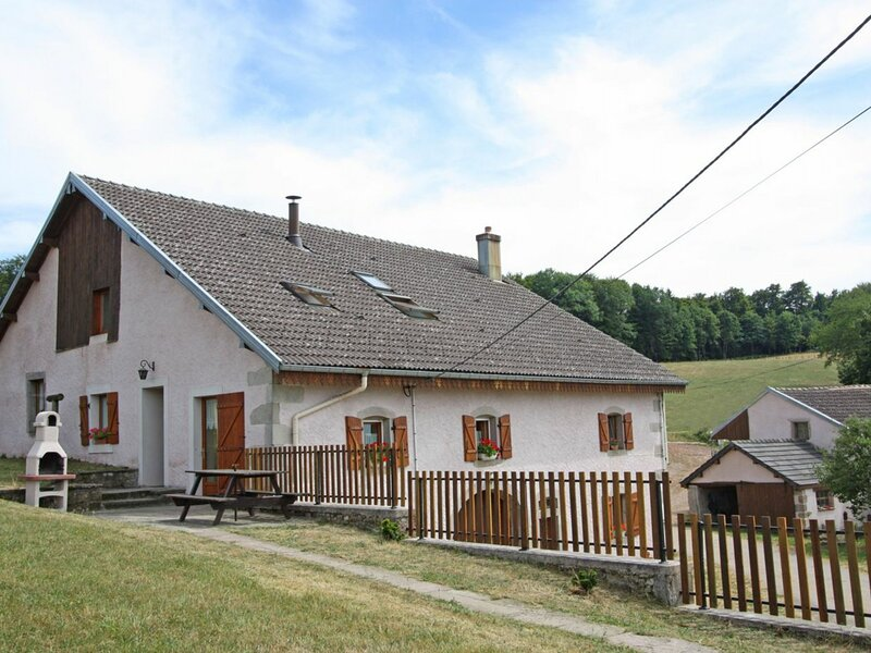 Gîte Clairegoutte, holiday rental in Luxeuil-les-Bains