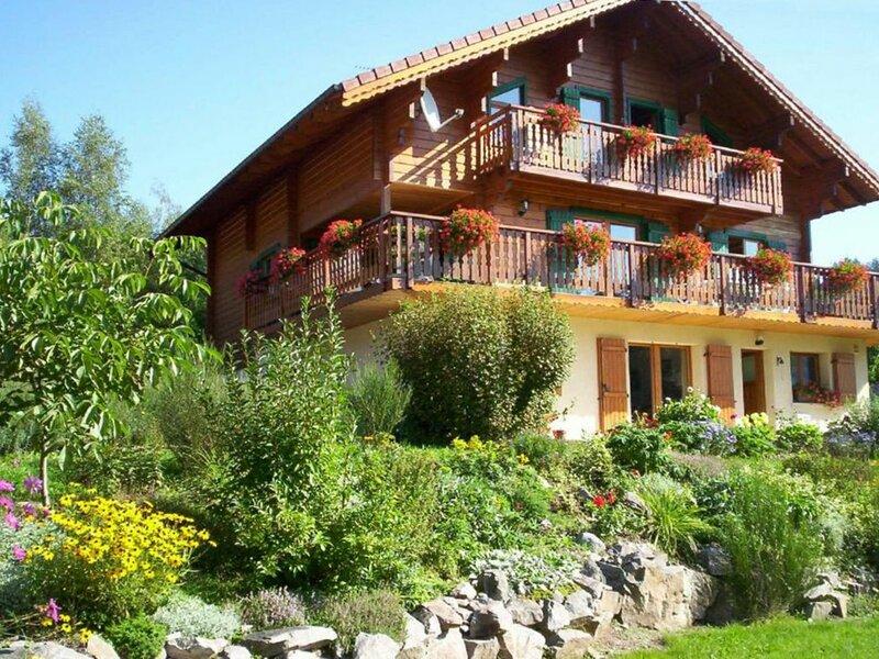 Gîte à BASSE SUR LE RUPT, location de vacances à Rochesson
