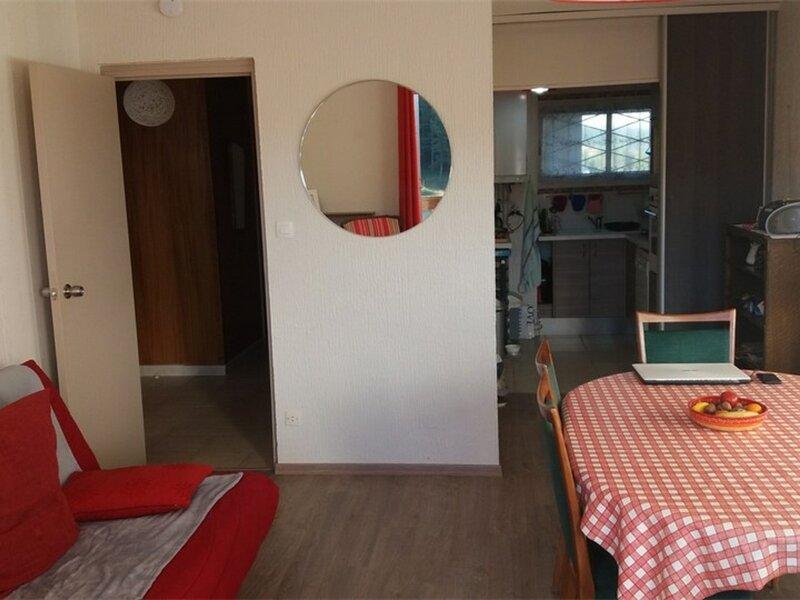 appartement 2 pièces cabine pour 6 personnes, holiday rental in La Cabanasse