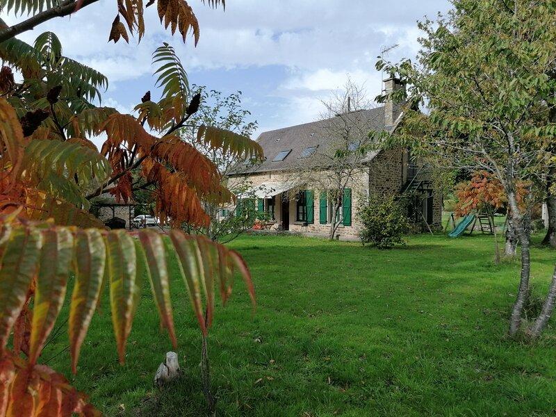 La Vionnière Taceau, aluguéis de temporada em Ernee