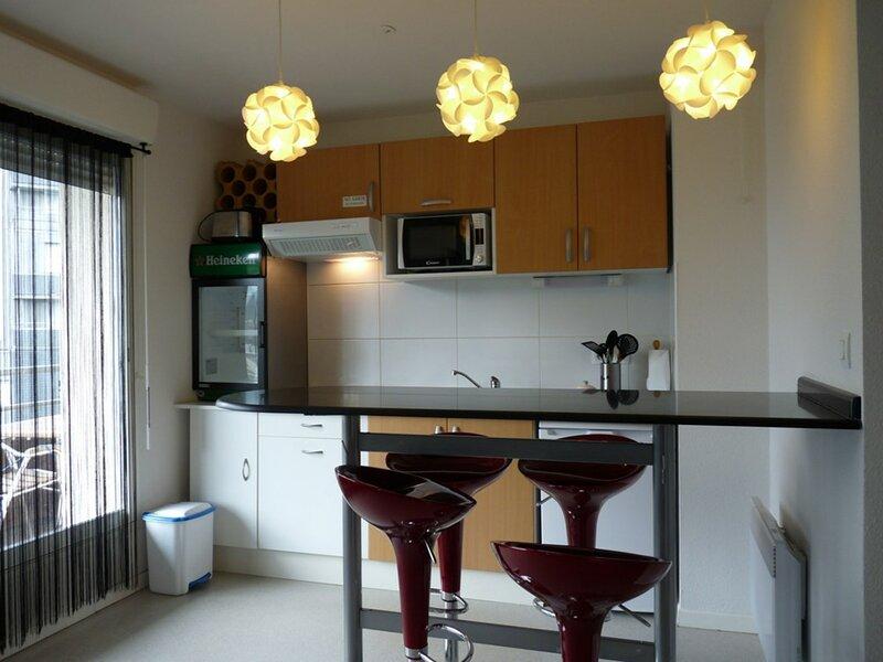 BALCON030 ARETTE, holiday rental in Lacarry-Arhan-Charritte-de-Haut