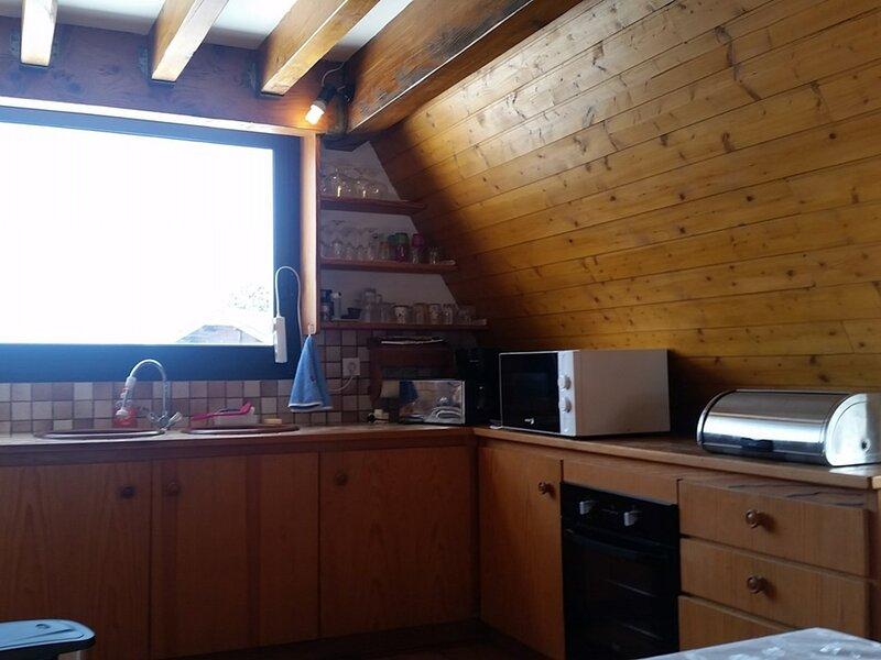 CHALET33 ARETTE, holiday rental in Osse-En-Aspe