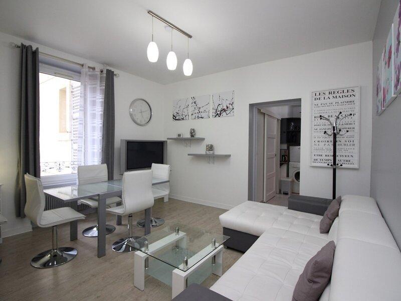 LA BOURBOULE centre - Bel Appartement T2 bis, holiday rental in Murat-le-Quaire
