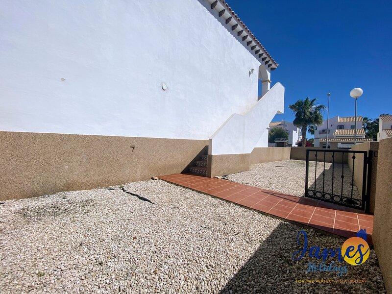 La Cinuelica R14 1st Flr Apt  terrace pool L120, holiday rental in La Florida