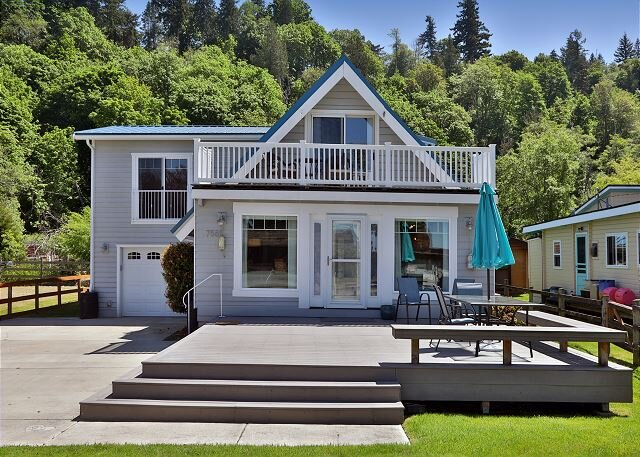 (NEW)Our Mermaid Cottage by the Sea -3 bed, 3 bath (283), holiday rental in Clinton