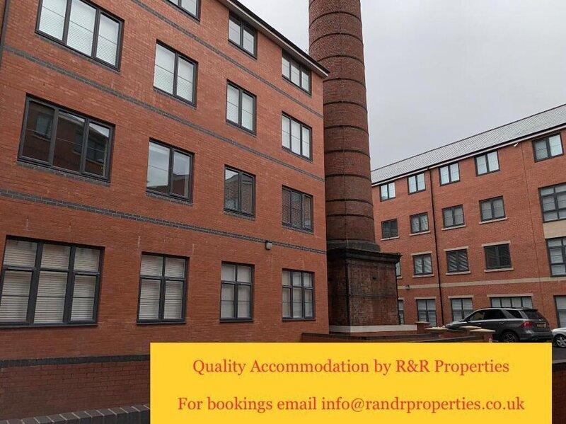Beautiful 3-Bed House in Wolverhampton, alquiler vacacional en Wolverhampton