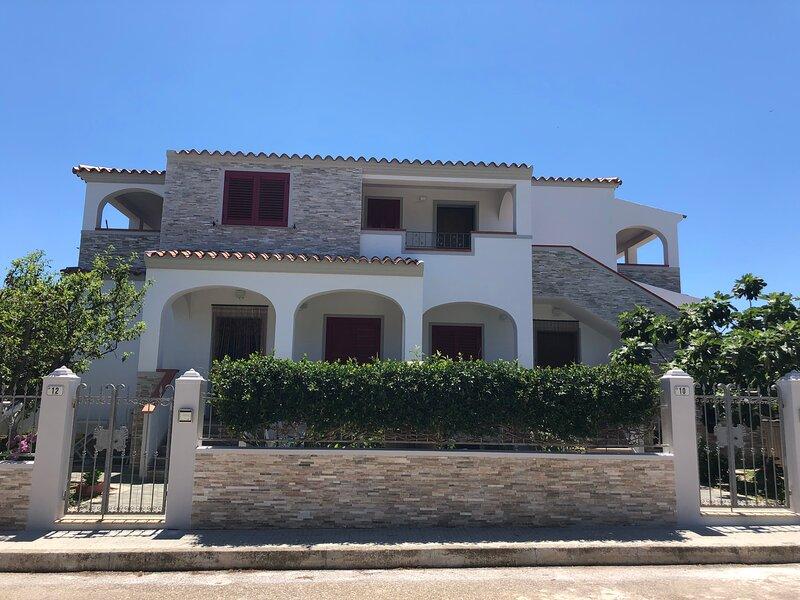 Appartamento in Villa Andreina, alquiler de vacaciones en Orosei