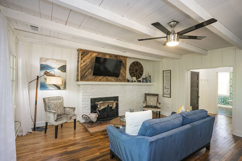 8719 Old Harding Pike, vacation rental in Fairview