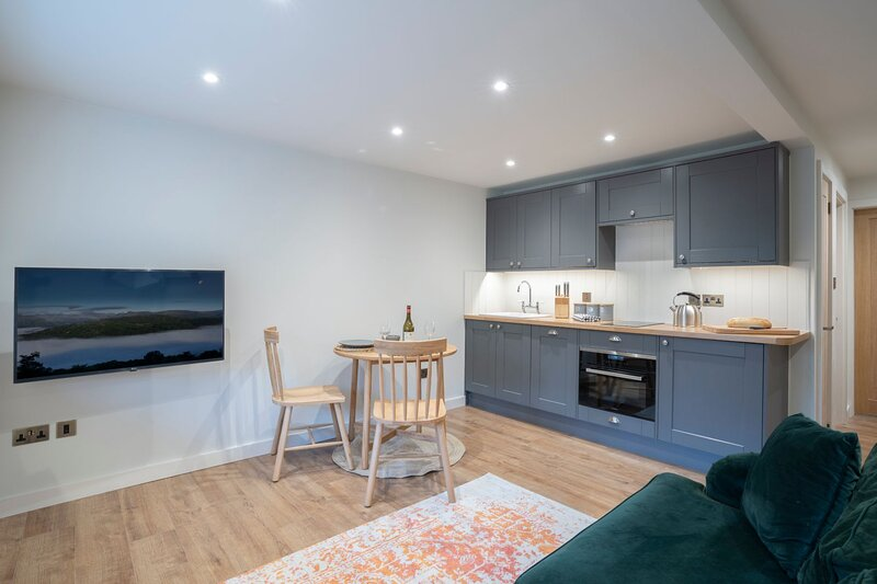 Willow Nook - Heaning - Brand New - Spacious Home - Rural Escape - Sleeps Two, holiday rental in Ings