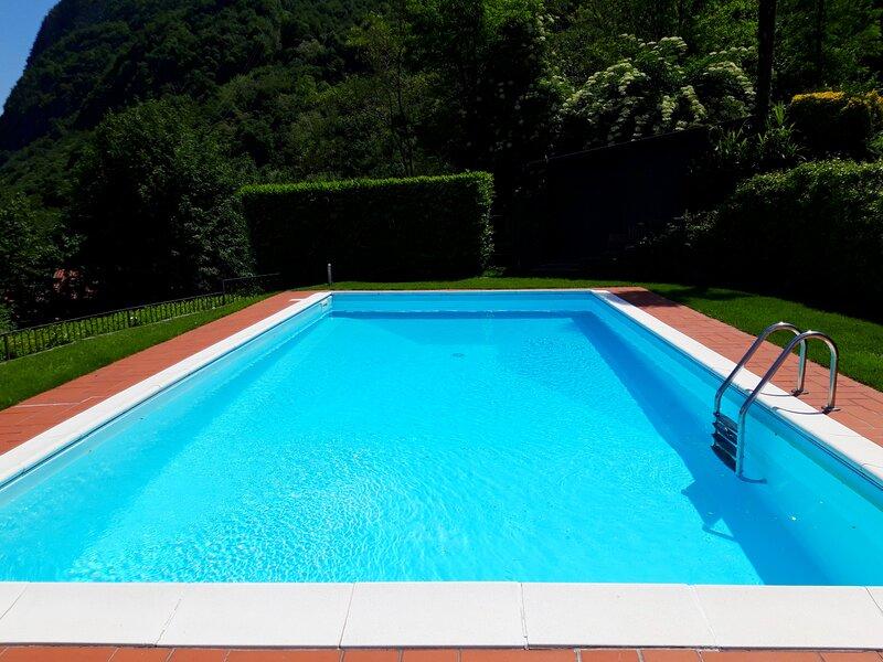 Holiday Home ' Villa Maria' - Oliveto Lario - Lago di Como, holiday rental in Magreglio