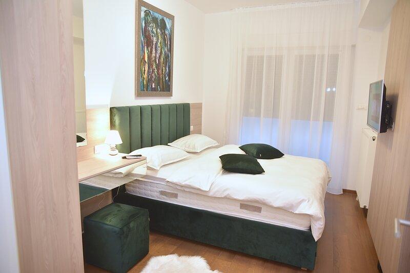 THE MAIN SQUARE APARTMENTS BANJA LUKA, holiday rental in Banja Luka
