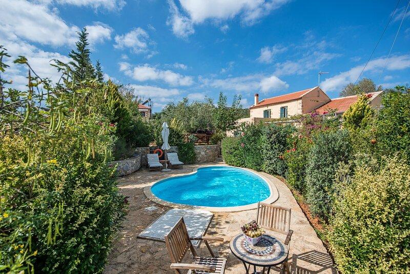 Villa Vigla, location de vacances à Katochori