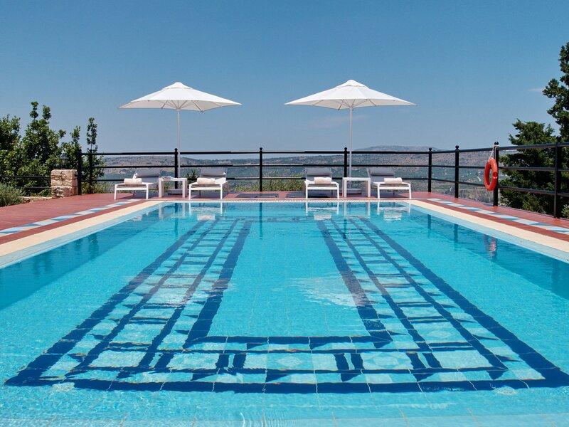 Villa Artemis, alquiler de vacaciones en Nipos