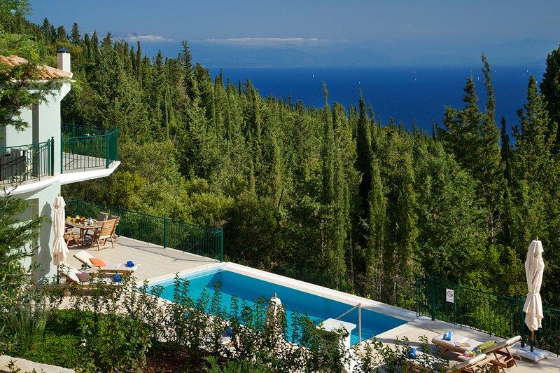 Villa Vassilis, location de vacances à Platrithias
