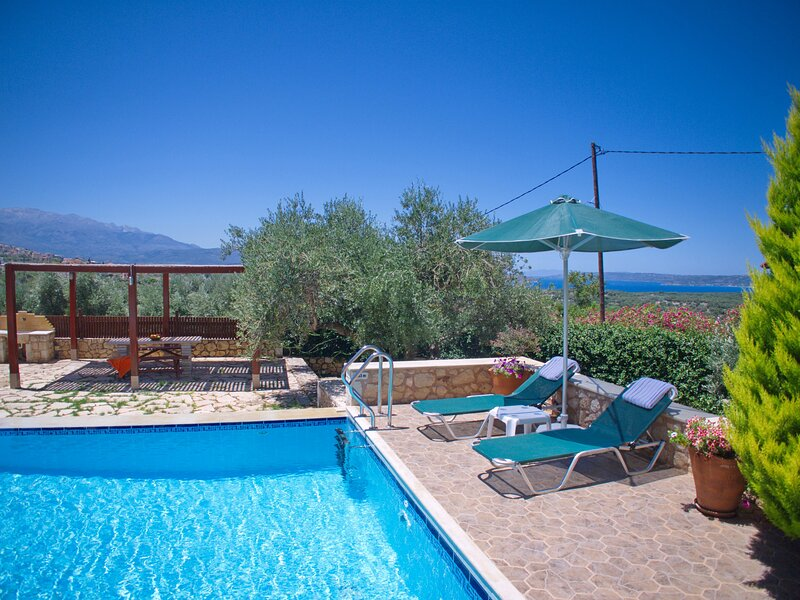 Villa Afrati, holiday rental in Plaka