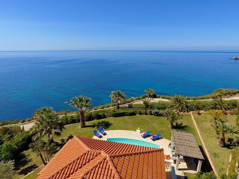 Villa Apollon, holiday rental in Spartia