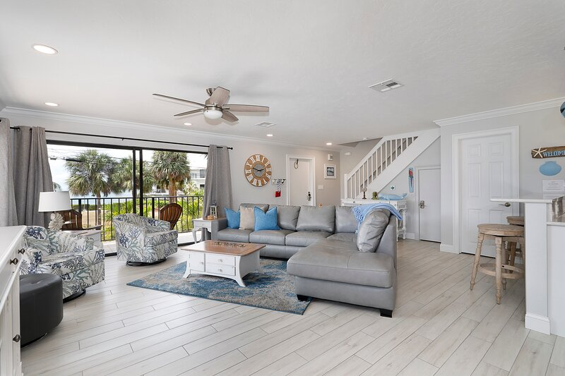 Completely remodeled condo, beautifully decorated with all the comforts of home
