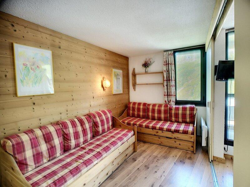 ARMOISE 33 - 2 pièces divisible rénové, expo sud, ski aux pieds, casa vacanza a Les Bruyeres