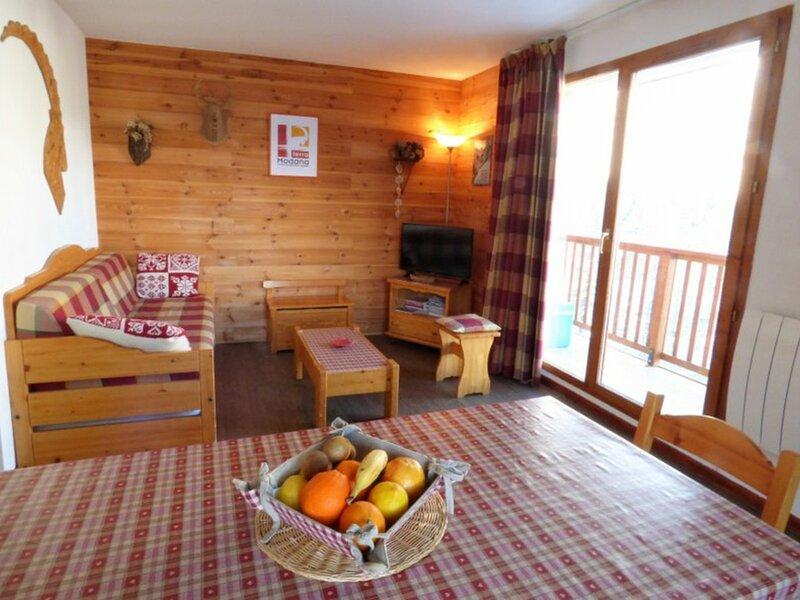 3 pièces 4/6 personnes 36 m² avec vue sur La Vanoise, holiday rental in Modane
