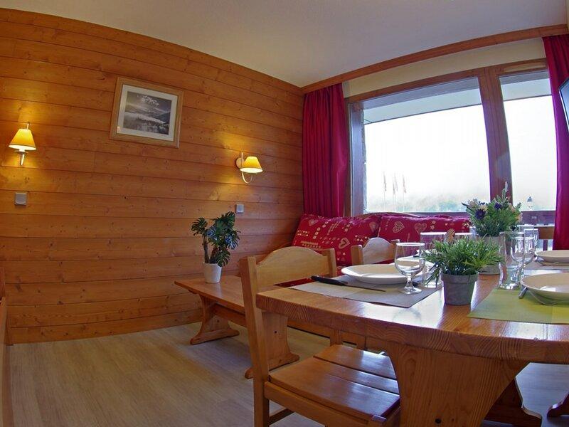 La Camarine, vacation rental in Celliers
