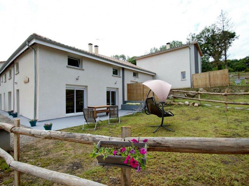 Du Rocher, holiday rental in Pelussin