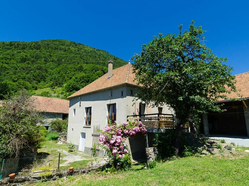 Le Senépy, holiday rental in Lalley