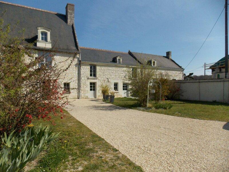 Gîte de Beaulieu, location de vacances à Cravant-les-Coteaux