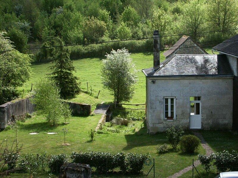 La Maison du Ruisseau, location de vacances à Rivarennes