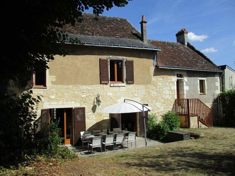 Le Petit Bouqueteau, location de vacances à Cravant-les-Coteaux