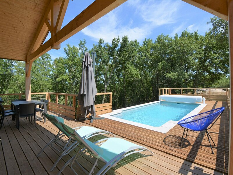 Maison 3 chambres 6 personnes, vacation rental in Labeaume