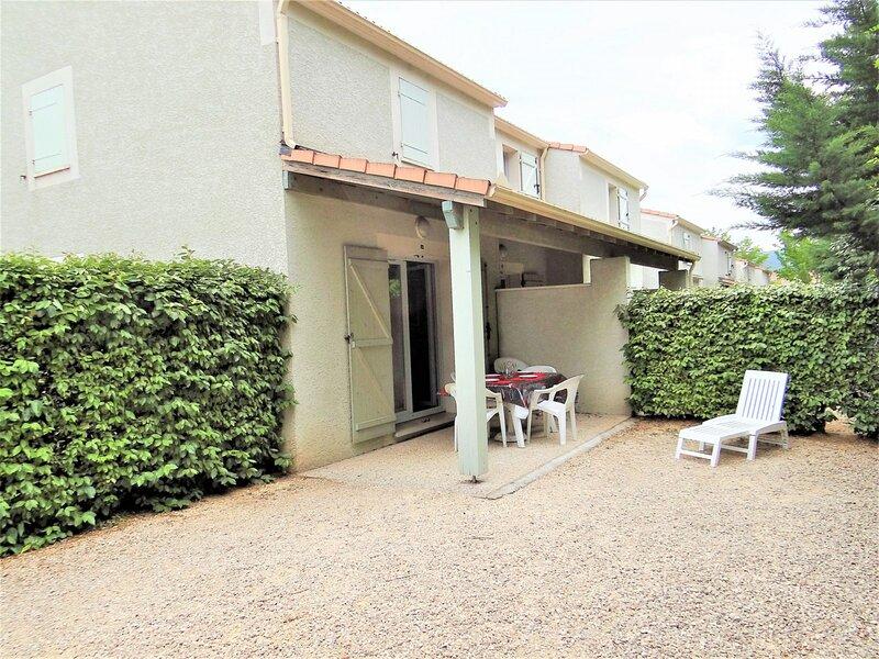 Maison en duplex  6 couchages VALLON PONT D ARC, holiday rental in Saint-Remeze