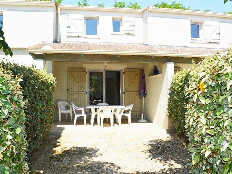 Maison 6 personnes  VALLON PONT D ARC, holiday rental in Lagorce