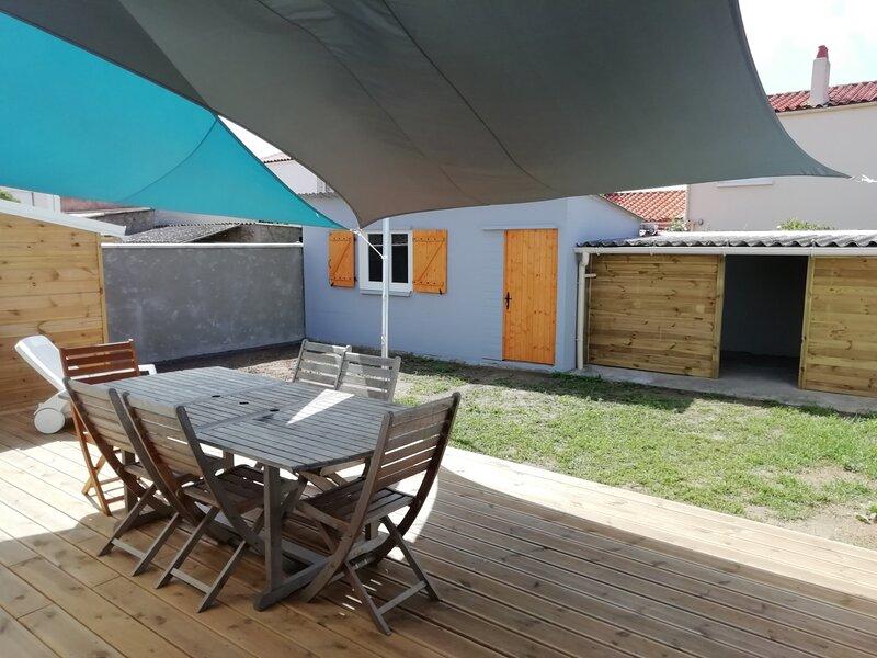 LES SABLES D'OLONNE - CHATEAU D'OLONNE - maison 6 couchages, holiday rental in Sainte-Foy