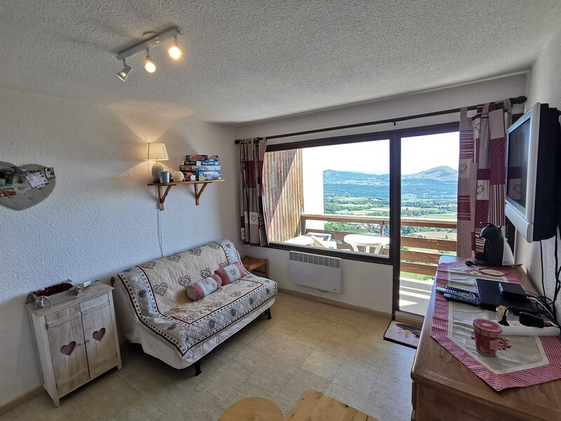 Studio 4 pl 4 couchages ST MICHEL DE CHAILLOL, holiday rental in Chabottes