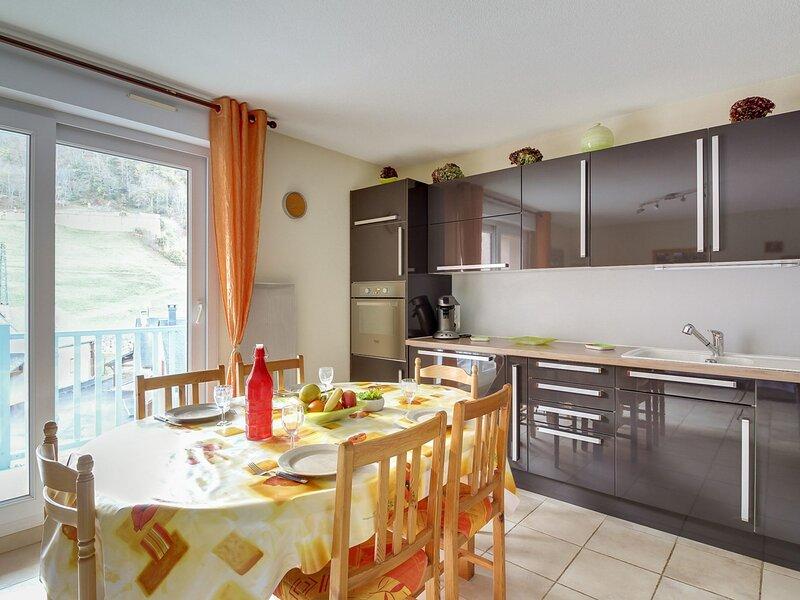 T3 6 PERSONNES CONFORTABLE RESIDENCE CLOS ST CLEMENT, casa vacanza a Saint-Sauveur