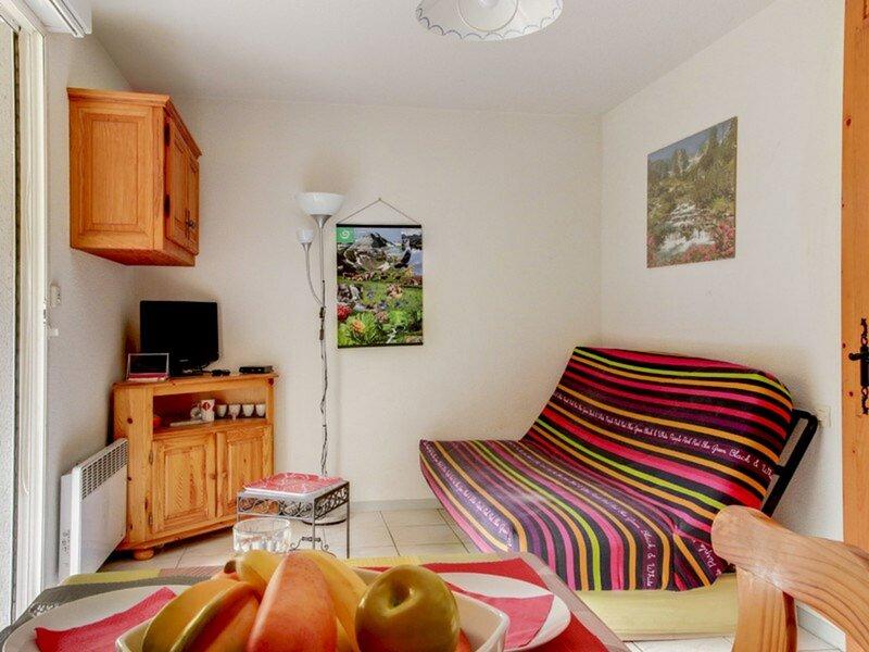 STUDIO CABINE 5 PERSONNES  RESIDENCE DE LYSE, holiday rental in Saint-Sauveur