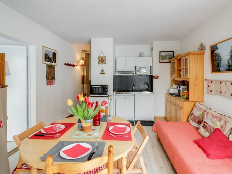 Appartement T2 - 6 personnes - proximité commerces, holiday rental in Sers