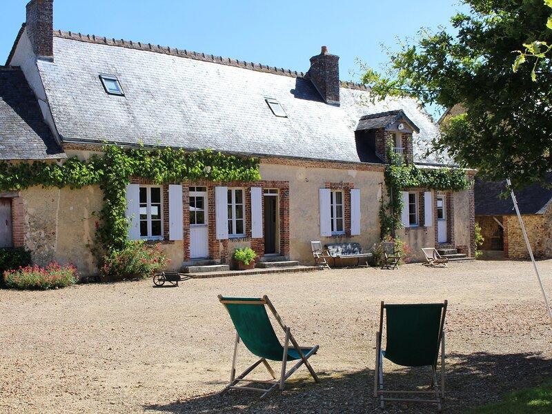 Location Gîte Berfay, 5 pièces, 11 personnes, location de vacances à Montmirail