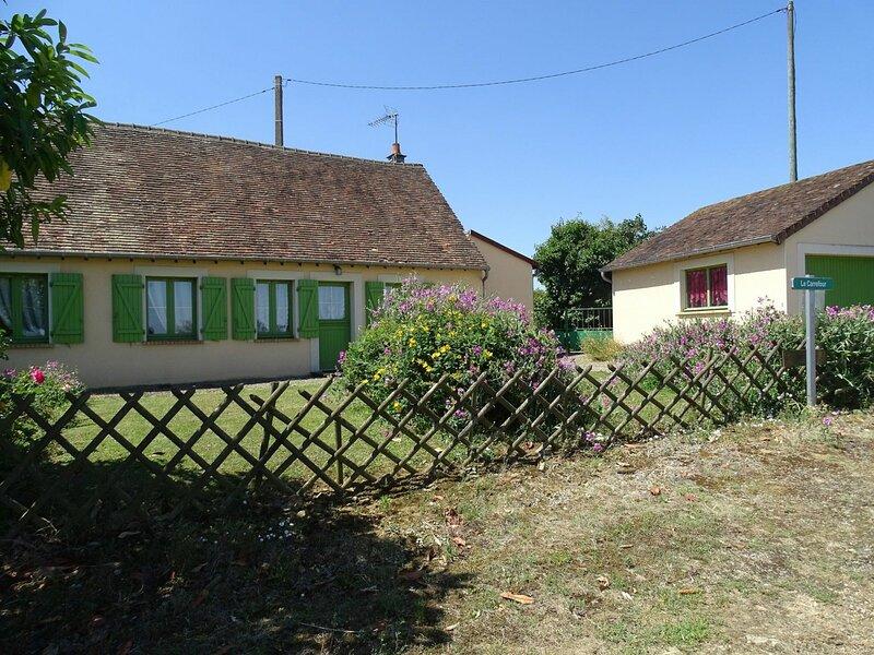 Location Gîte Congé-sur-Orne, 3 pièces, 4 personnes, holiday rental in Nogent Le Bernard