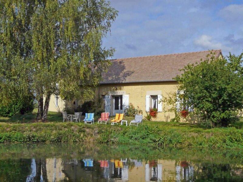 Location Gîte Bousse, 3 pièces, 4 personnes, alquiler vacacional en Ferce-sur-Sarthe