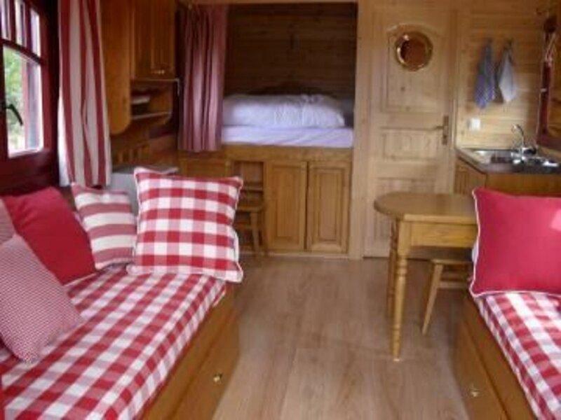Location Gîte Chantenay-Villedieu, 1 pièce, 5 personnes, location de vacances à Saint-Denis-d'Orques