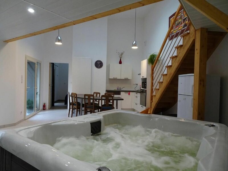 La boule d'or, holiday rental in Sille-le-Guillaume