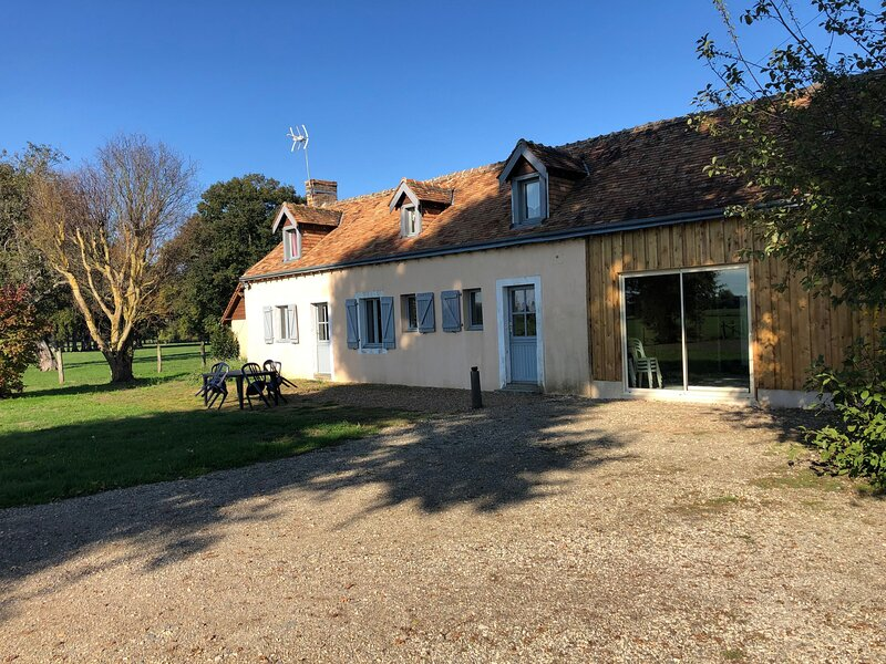 Gîte de l'Arrachée, holiday rental in Marigne-Laille