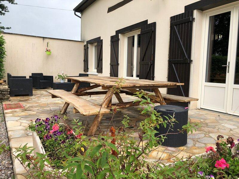 Le Grange, holiday rental in Nogent Le Bernard