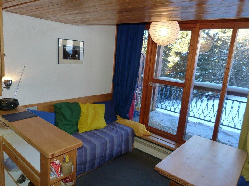 Duplex pour 5 personnes à Arc 1800 dans le village de Charmettoger, skis aux, holiday rental in Vallandry