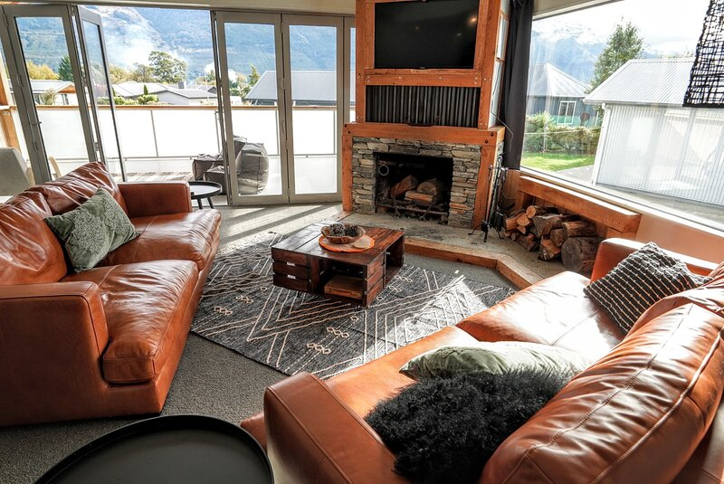 Routeburn Retreat - your Queenstown Lakes retreat ★Mountain views★, holiday rental in Glenorchy