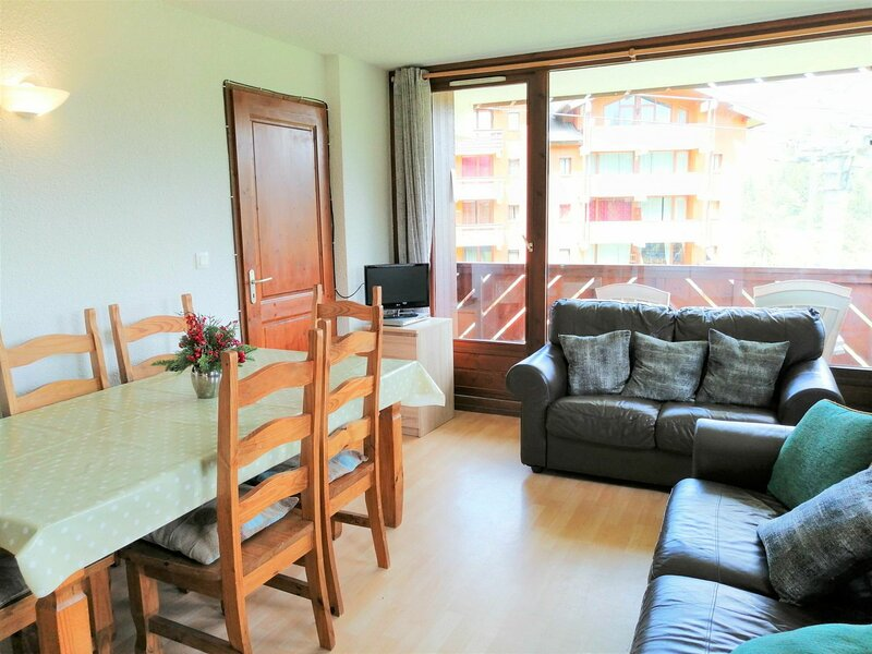 4 pièces 6 personnes, holiday rental in Morillon
