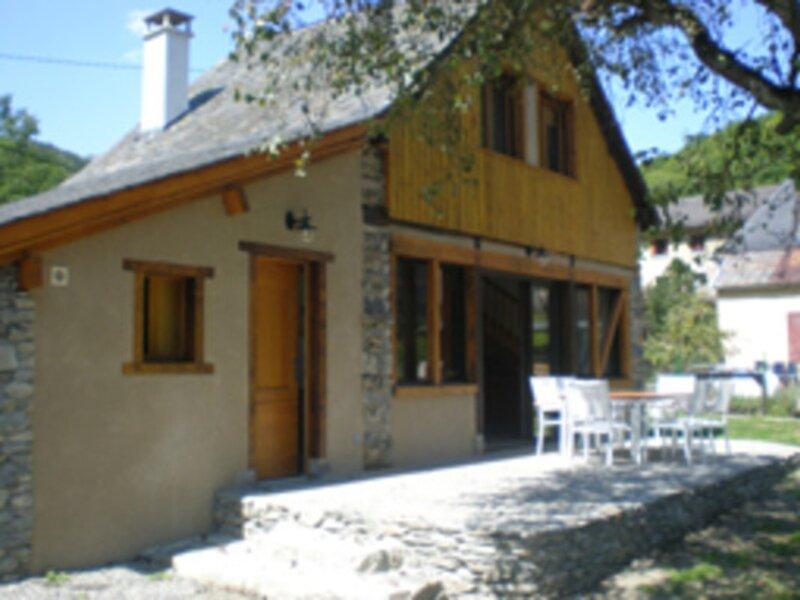 Gîte de Fleury, casa vacanza a Arbas