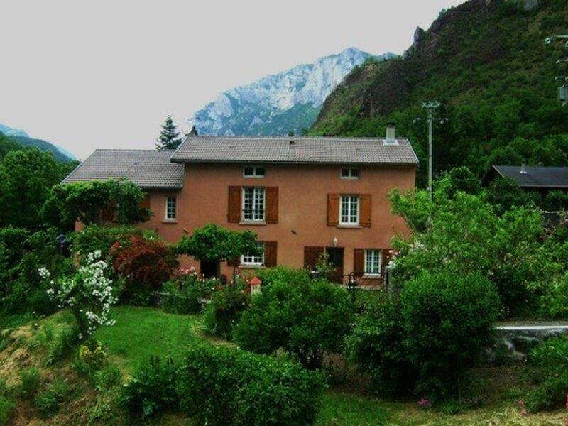 LE GITE DE ROCATEL, holiday rental in Les Monts d'Olmes