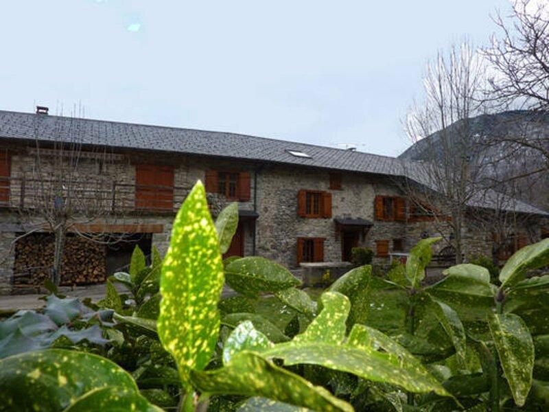 Grand gîte du Cap del Roc, holiday rental in Luzenac